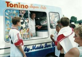 ice-cream-van2