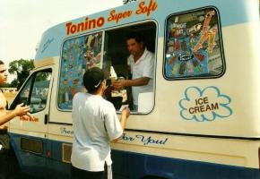 ice-cream-van6